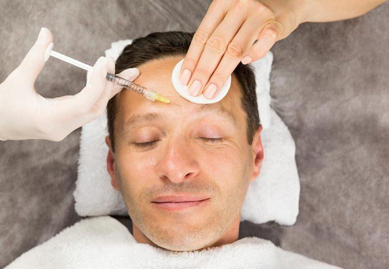 Zabieg wstrzykiwania botoksu dla mężczyzn - Studio Elix